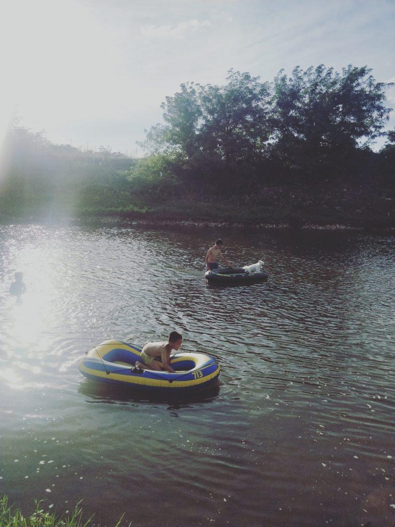 夏令营、秋令营的金井河
